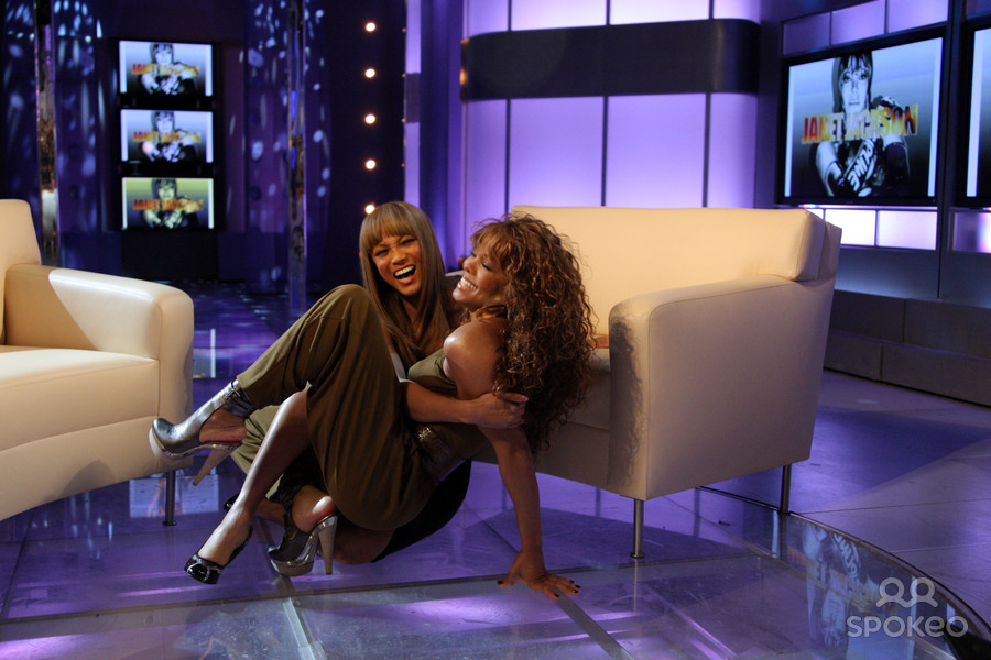 Tyra Banks Invites Homophobes To Ridicule Themselves On National Tv