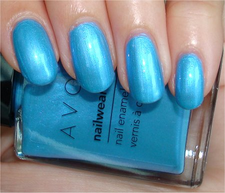 Avon-Swatches-Review-Avon-Blue-Nail-Polish-Swatches-Review